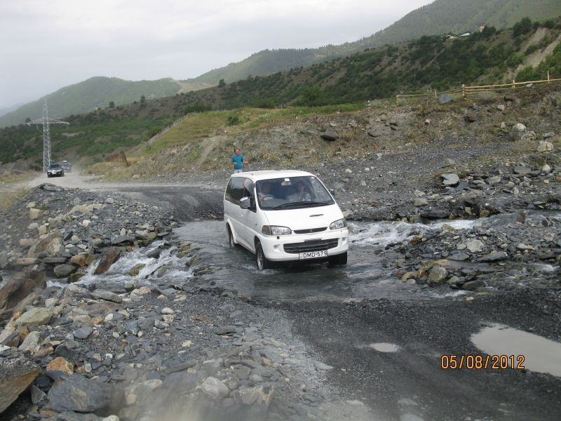 van_crossing_the_river