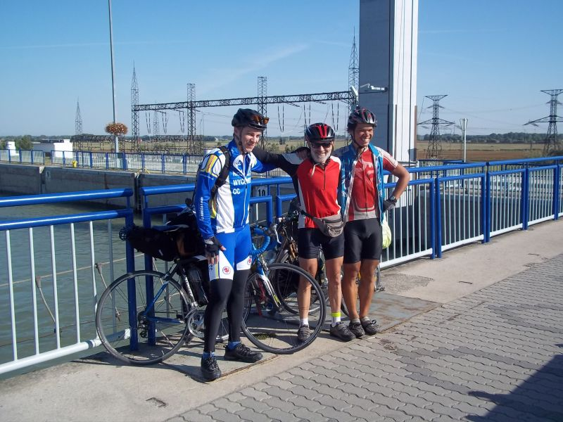 with touring partner: Keith and Gergő at power plant