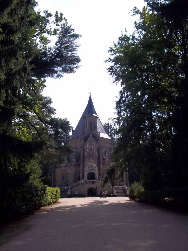 Schwarzenberg Mausoleum in Třeboň bicycle touring partner wanted