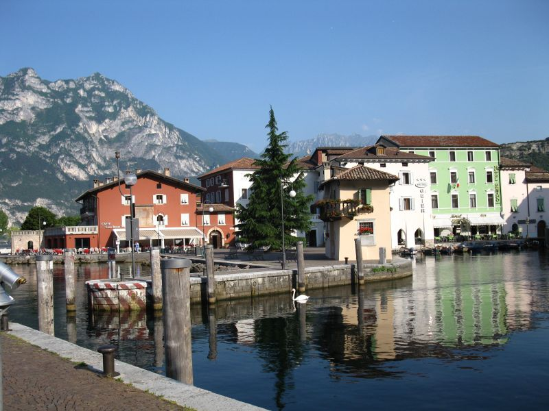 Riva_del_Garda_the_port