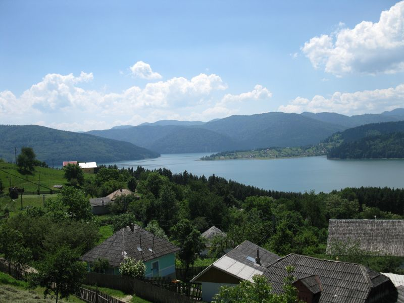 Bicaz_water_reservoir